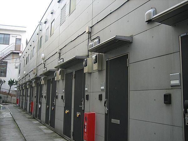 東京都品川区西品川2丁目の賃貸アパート