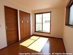 洋室/2階北西側−6.7帖