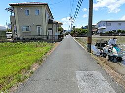 前面約4m道路に接道しています。