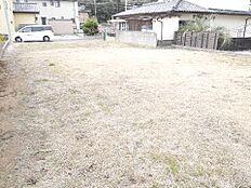 土地面積は約85坪です。