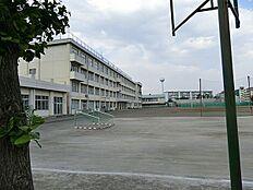 日野市立平山中学校まで1516m