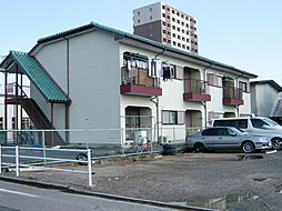 三重県鈴鹿市平田東町の賃貸アパートの外観