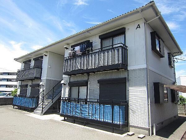 徳島県鳴門市撫養町弁財天字三ツ井丁の賃貸アパートの外観