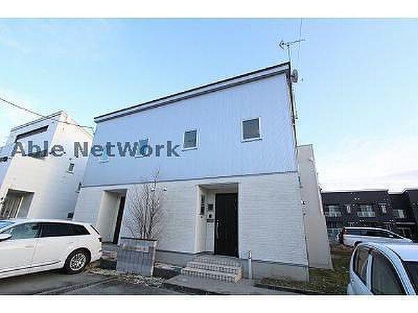 新潟県新潟市西区小新南1丁目の賃貸アパートの外観