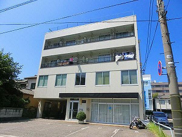 島倉ビル[4階]の外観