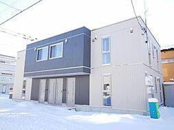 北海道札幌市中央区南十八条西13丁目の賃貸アパートの外観