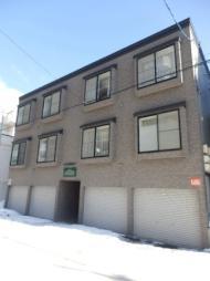 札幌市営東西線 西28丁目駅 徒歩11分の賃貸アパート